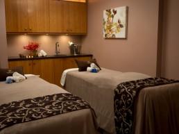 Side by side massage beds